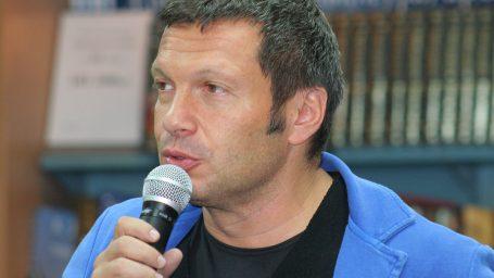 Владимир Соловьев начинает поединок с ВШЭ