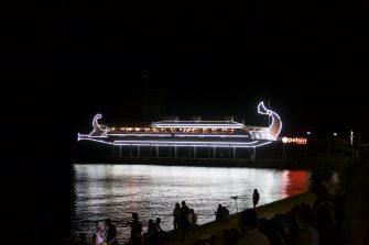 Яхта, парус — Ялта, август