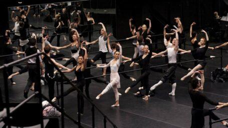 Танец как хобби, терапия и работа